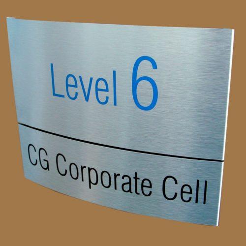 Aluminum-Signs-in-Curve-Shape